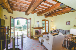 semi detached property for sale in Tuscany, Pisa, Lajatico
