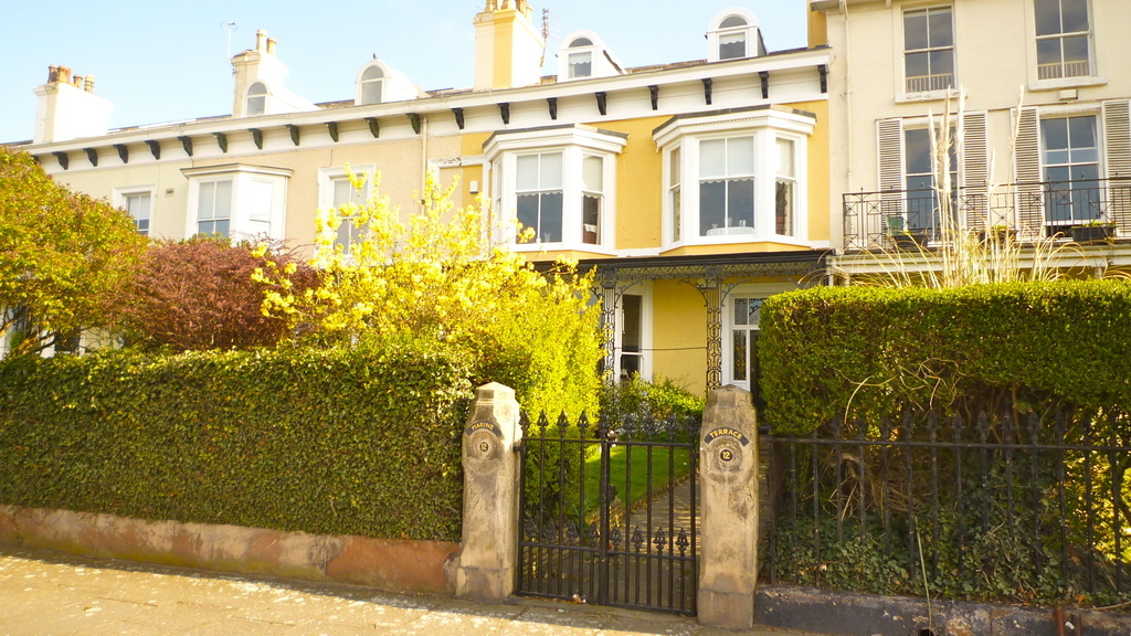 4 bedroom apartment for sale in marine terrace waterloo for 50 marine terrace