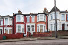 2 bedroom Ground Flat in Beresford Road, London