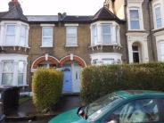 Goldsmith Road Flat to rent