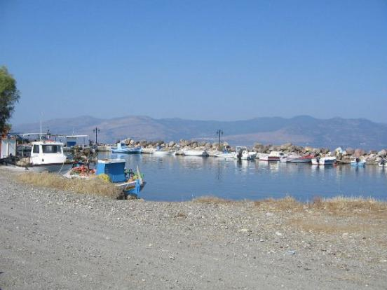 Harbor Sk Vassilika