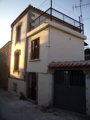 2 bed semi detached house in North Aegean, Lesbos...