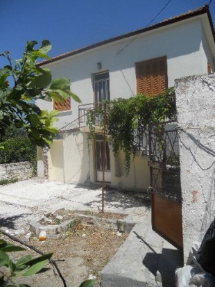 semi detached house for sale in Northern Aegean islands...