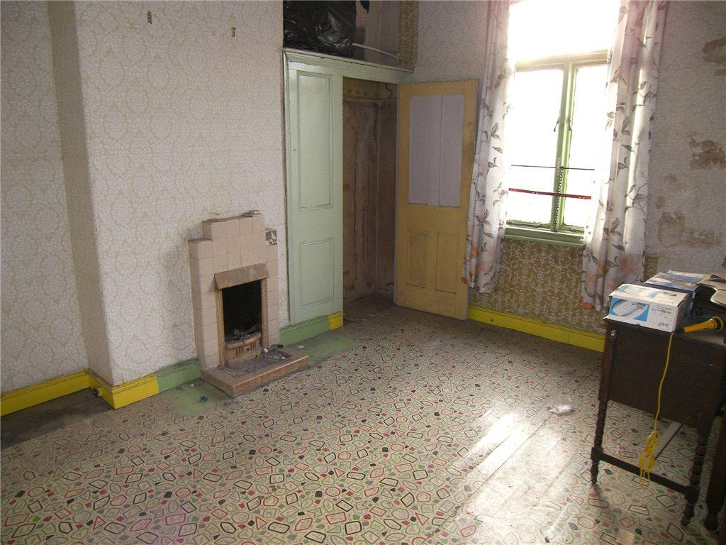 2 bedroom terraced house for sale in vinery mount, leeds, west