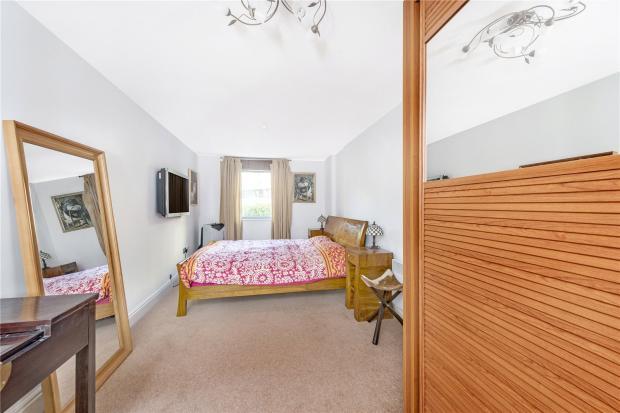 Bedroom V2