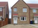 3 bed semi detached property to rent in Beechings Close...