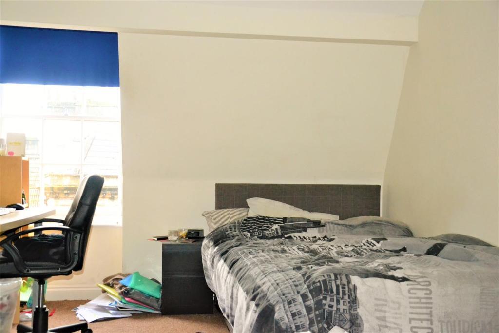 Flat3Bedroom1.JPG