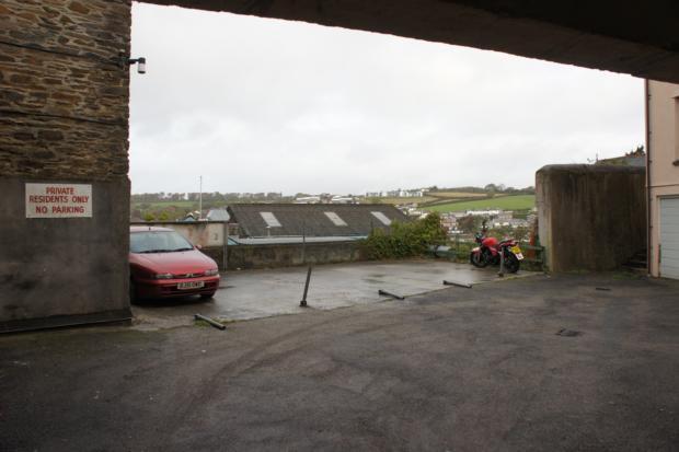 5 parking