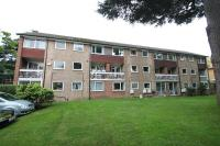 Flat to rent in Exeter Court, Maple Road...