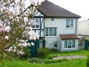 3 bed Detached house in Woodcrest Road, Purley...