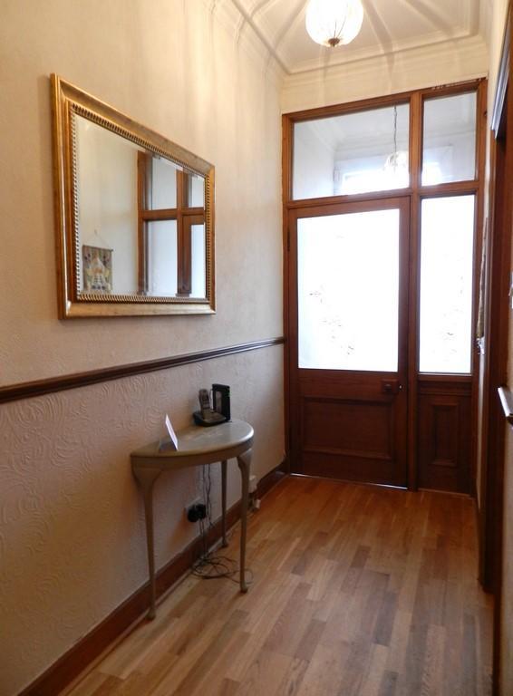 Hallway 2 (Property Image)