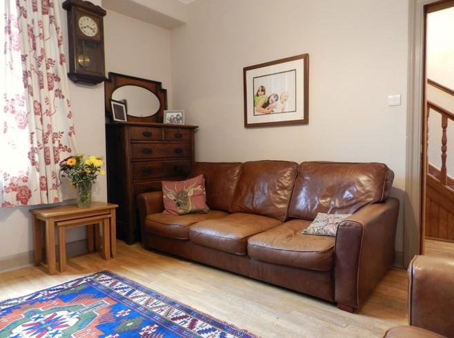 Sitting Room 2 (Property Image)
