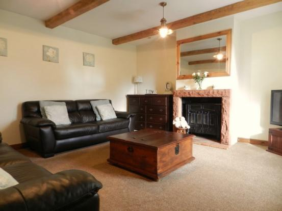Lounge 1 (Property Image)