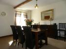 Dining 4 (Property Image)