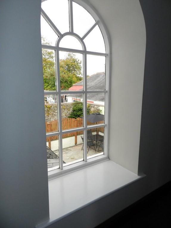 Arch window (Property Image)