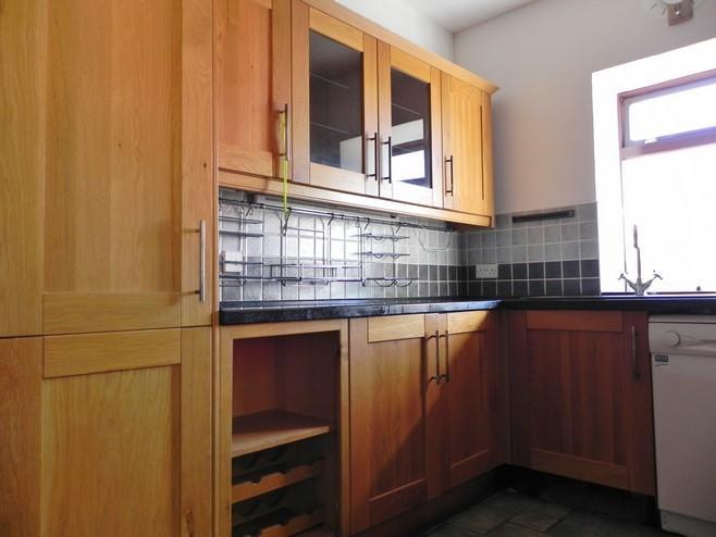 Kitchen 1 (Property Image)