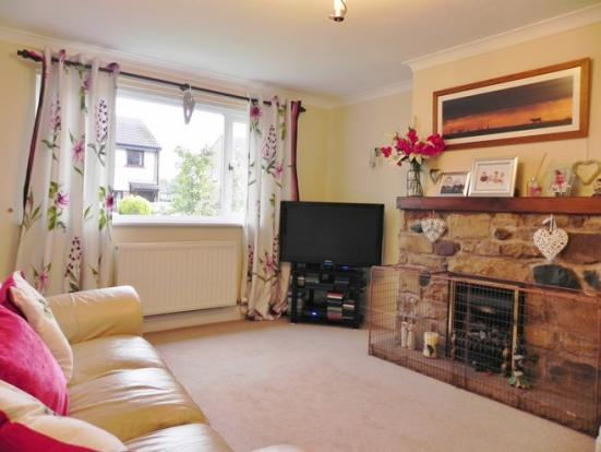 Lounge (Property Image)