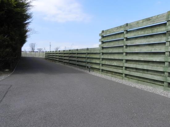 Driveway (Property Image)