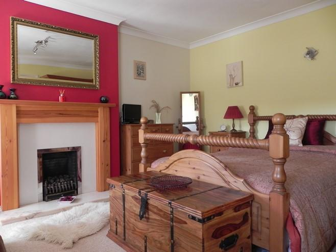 Main bed (Property Image)