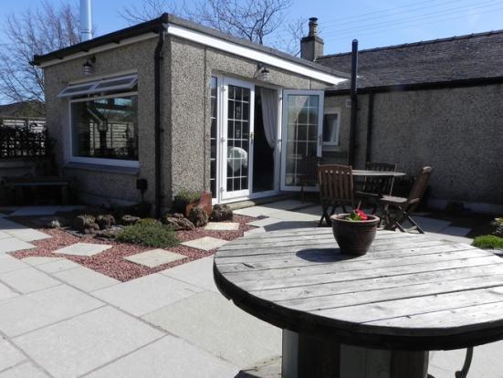 Outside sun room (Property Image)
