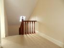 154 Annan Rd Stairs & Landing (Property Image)