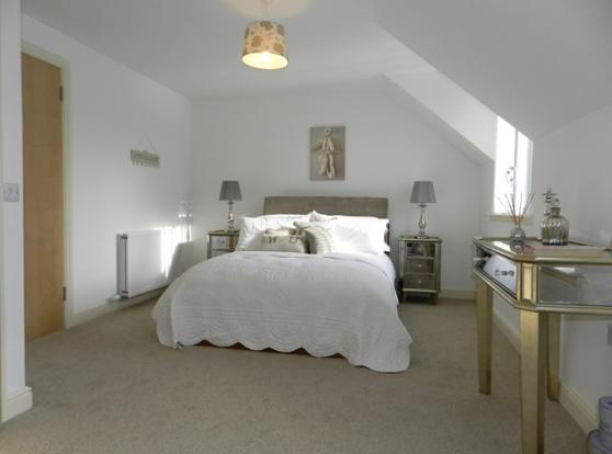 4 Mulloch View Bedroom 1 1 (Property Image)