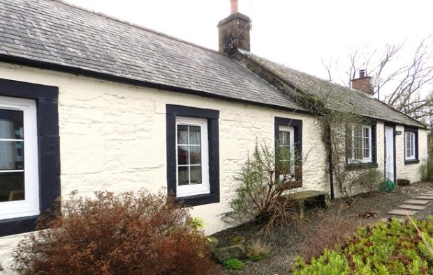 Riverside Cottage Front (Property Image)