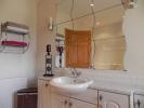 Bath 1 (Property Image)
