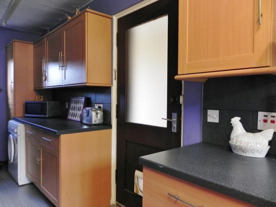 Kitchen 2 (Property Image)