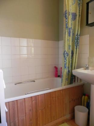 Bath (Property Image)