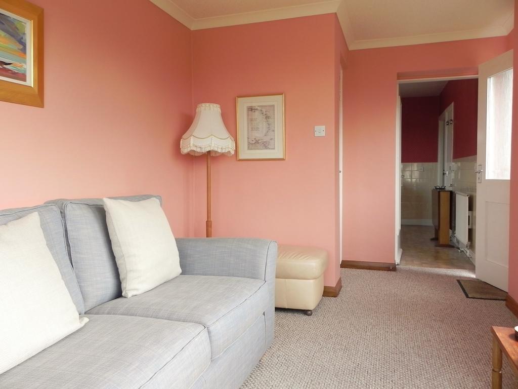 Sun Lounge 1 (Property Image)