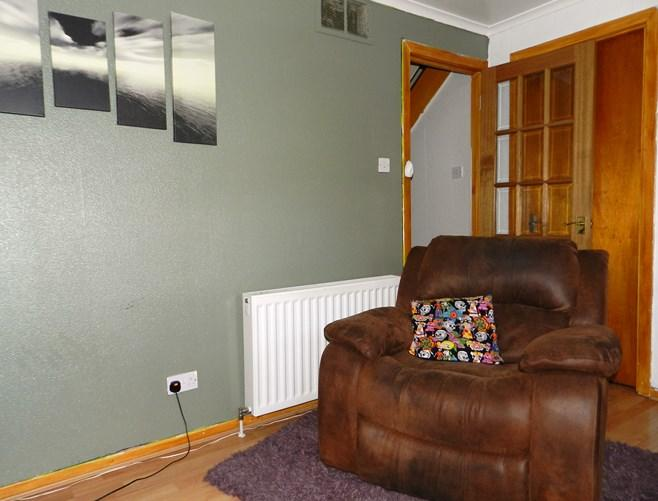 33 Carrick Road Living Room 2 (Property Image)