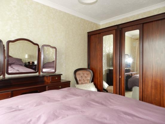 Bedroom 1 1 (Property Image)