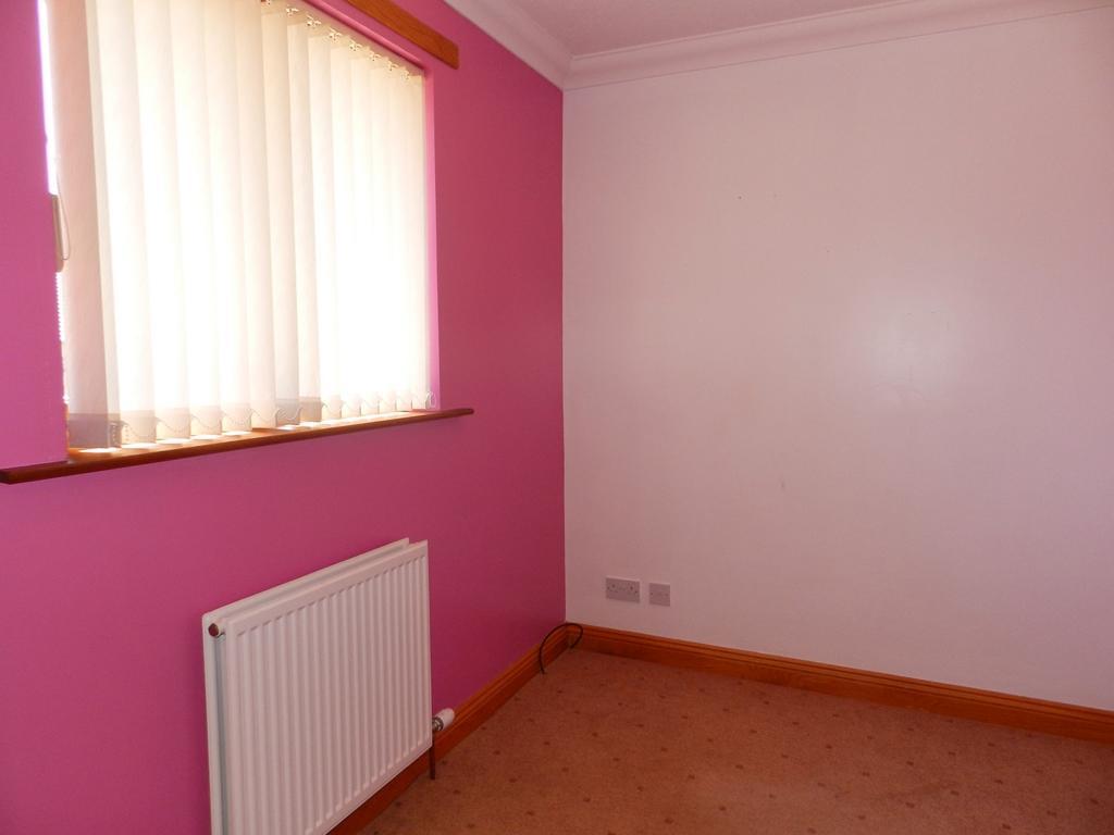 Pink Bedroom 1 (Property Image)
