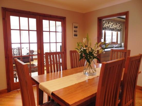 Dining rm to kitchen (Copy)