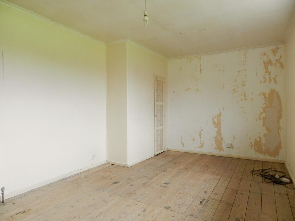 Bedroom 1 1 (Property Image)