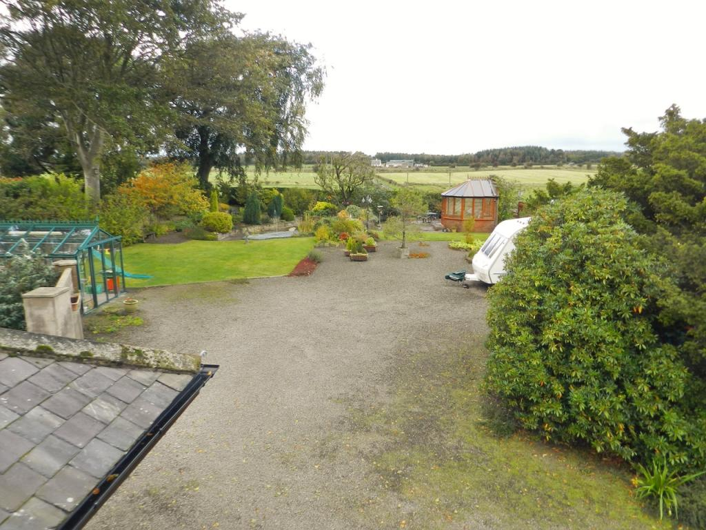 Garden Overview (Property Image)