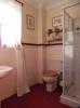 Up ensuite [property images]