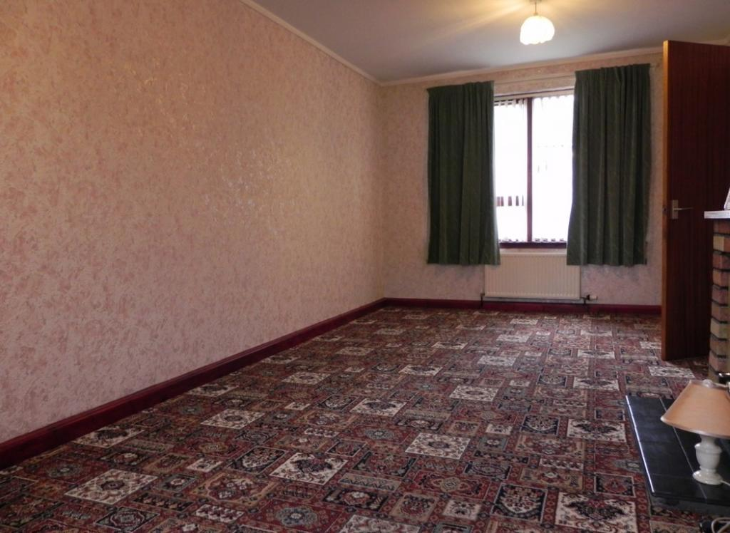 Living room 2 (Property Image)