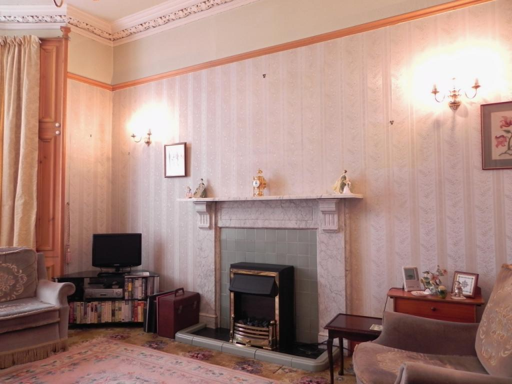 Sitting Room 1 (Property Image)