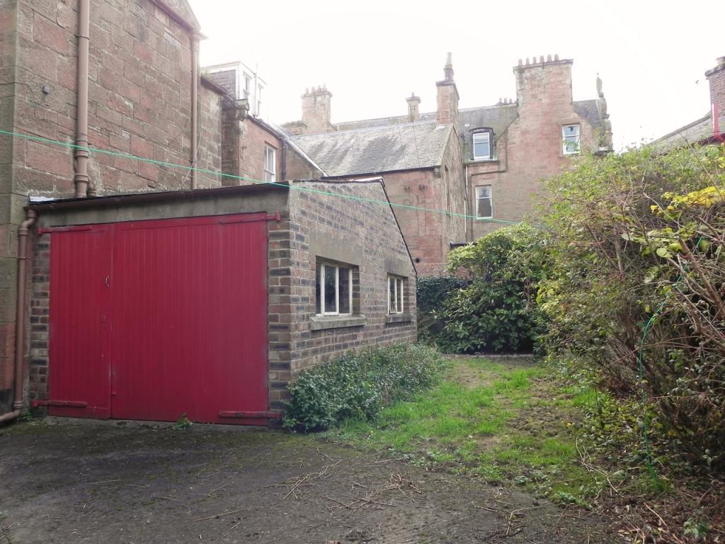 Rear 1 (Property Image)