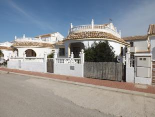 3 bedroom Villa for sale in Murcia, Camposol