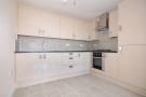 Askew Road Flat to rent