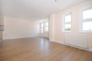 2 bed Flat to rent in Askew Road, W12