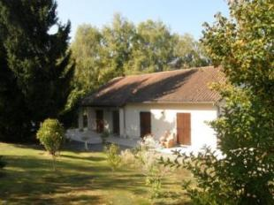 4 bedroom Detached property for sale in Saint Hilaire Les Places...