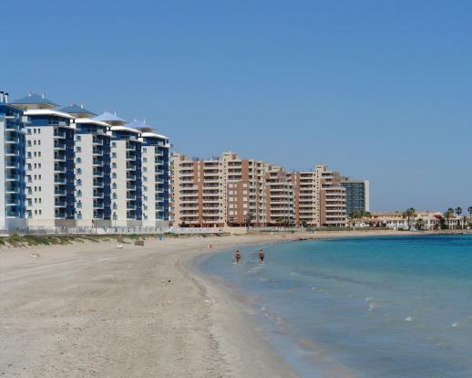 2 bedroom Apartment in La Manga Del Mar Menor, Murcia
