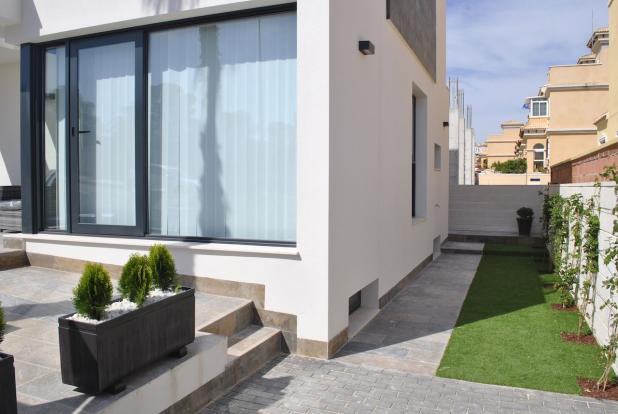 3 bedroom Detached villa in Orihuela-Costa, Alicante