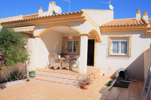 2 bedroom Bungalow in Torre de la Horadada, Alicante