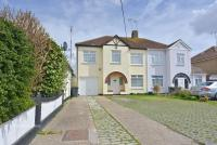 4 bedroom semi detached home in Ashingdon ** Extended to...