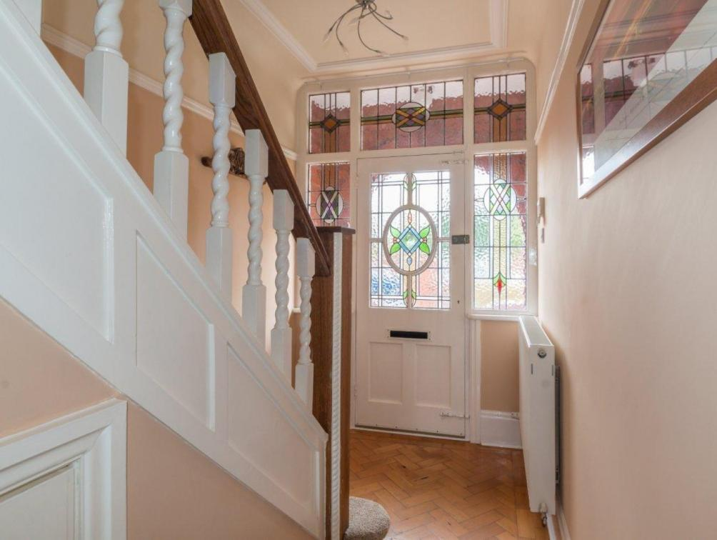 3 Bedroom Semi detached House For Sale In Park Avenue